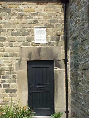 a viccars house eyam19